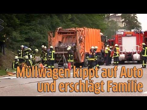 Nagold in Baden-Würtemberg: Müllwagen kippt auf Auto und erschlägt Familie