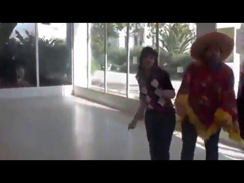 أحلى رقص من  طالبات كلية الصيدلة بالمنستير (تونس)