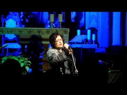 Antonella Ruggiero – Canti di Natale