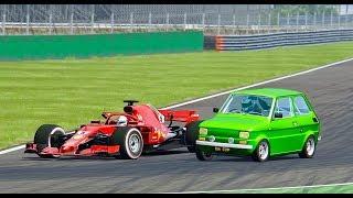 Ferrari F1 2018 vs Fiat 126 Monster - Monza