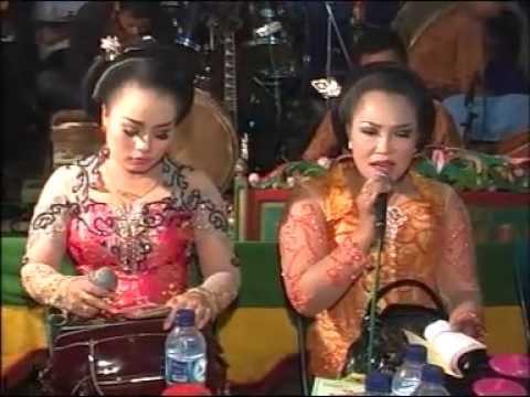Campursari Langgam Jawa Alus Mat Matan Nyampleng Guntur Madu Part 1 video