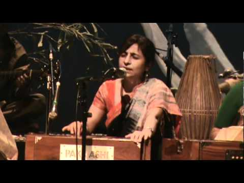 Aparajita Chowdhury - Bol re papihara - Vancouver 2011