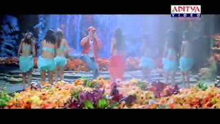 Sexiest Hot Saree Navel song of Sexy Malyalam Actress Heroine Sheela in Telugu Hot Song   YouTube2