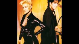 Watch Roxette Cry video