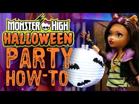 The Monster High Ghouls Throw a Halloween Party | Monster High