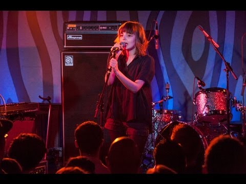 Chvrches - The Mother We Share (Live on KEXP)