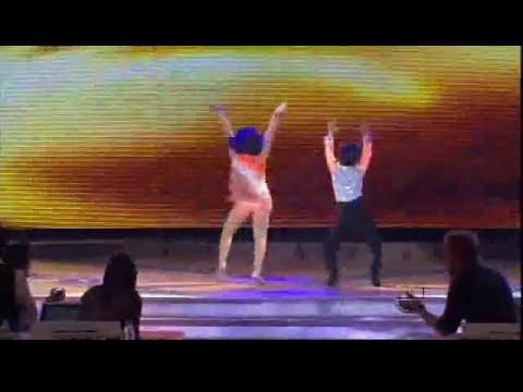 JESUS & KARLA Bailando Merengue -el chupacabras- en Pequeños Gigantes