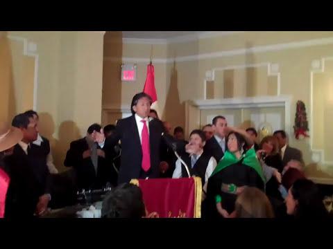TOLEDO SE REUNE CON LOS PERUANOS DE NEW JERSEY