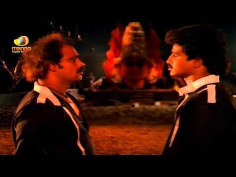 Sindhoora Devi Movie Scenes - Baby Shamili & Vivek Kidnapped By Some Goons - Kanaka video