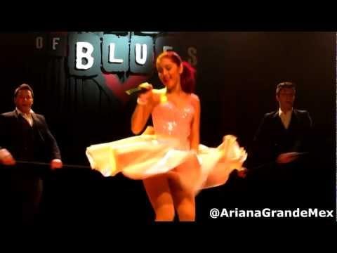 Ariana Grande - Pink Champagne (Live) HD