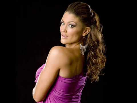 Eve Torres - WWE Sexy Diva - Purple Colour Photo Shoot - From www.BeautiesEdge.com