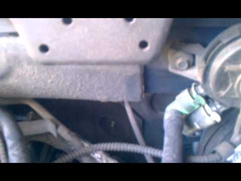 Ford Expedition 2000 Vaccum hose Repair