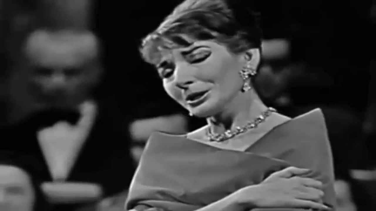 Maria callas performing casta diva norma bellini - Callas casta diva ...