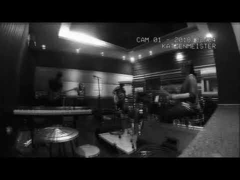 Download Bend the Knee Studio Session Mp4 baru