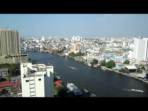 Bangkok von oben: Blick auf den Chao Phraya und Bangkok vom Millennium Hilton Bangkok
