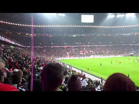 Gooool de Bayern vs HSV Hamburg. Xherdan Shaquiri