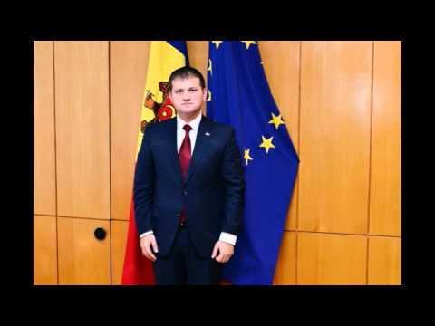 Dialog matinal cu Valeriu Munteanu la radio Plai