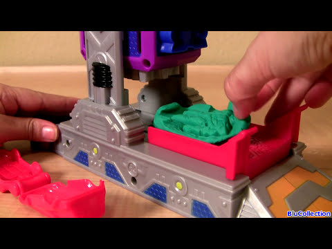 Play Doh Transformers Autobot Workshop Playset Transform Lightning McQueen in Autobots Disney Cars