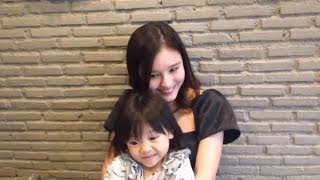 Aom & Yoda @Purr Cat Cafe Club 2Apr14 [cam]