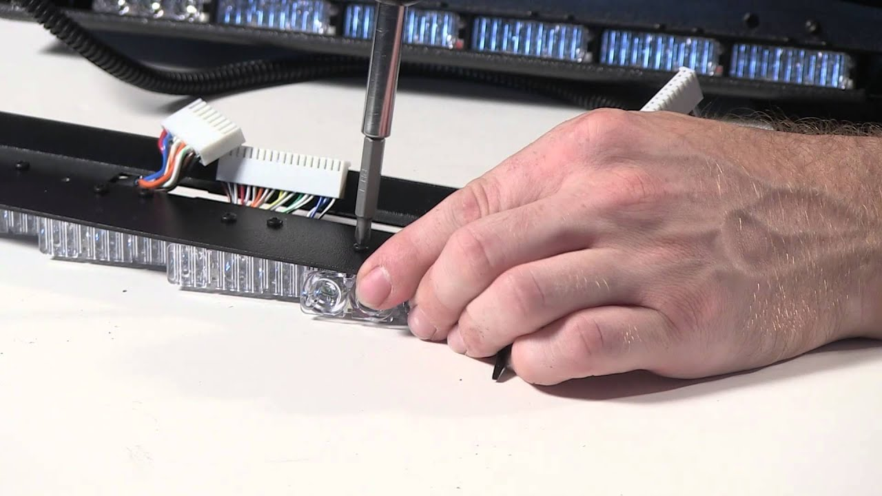 Whelen Inner-Edge XLP Ten 3-LED w/TDs 2-Piece Lightbar