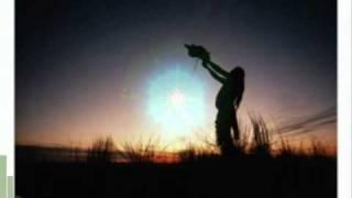 Lève toi avec le soleil pour prier.      wolfsong musique