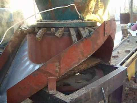 Pellet Mill  Machine, Pellet making machine, straw pellets, rice husk pellets. .