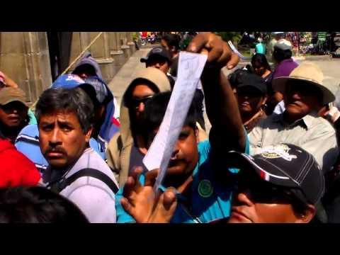 Nuevamente el Zocalo de cuernavaca, secuestrado por manifestación de Moto Taxistaxistas