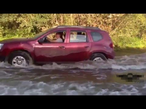 Клоуны топят свои машины  2017