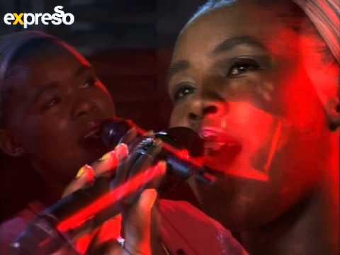 Zahara Performslizalise Idinga Lakho Live On Expresso (26.10.2012) video