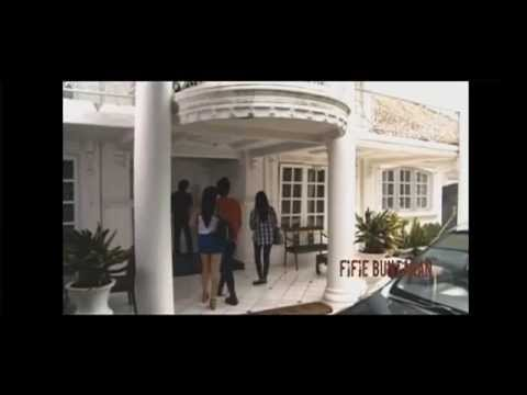 Rumah Bekas Kuburan video