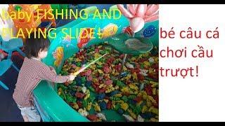em bé câu cá và chơi cầu trượt nhà bóng_baby fishing and playing slide_baochau official