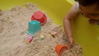 PEPPA PIG FAMILY  playing with sand✯Baby playing.Cool toys for children