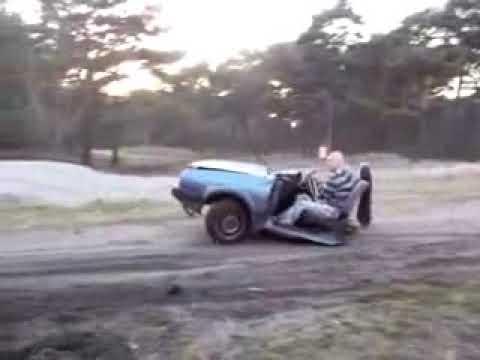 Ako vam je auto dosadio, uvek ga mozete preseci na pola - pola golfa