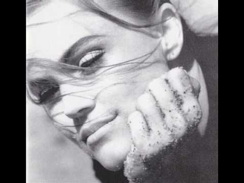 Belinda Carlisle - Love Revolution