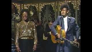 Watch Lyle Lovett What Do You Do? (Live) video