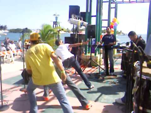 RIKA SWING ACTIVIDAD BENEFICA PONCE