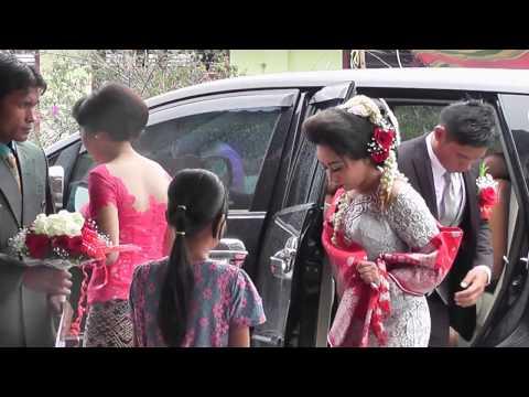 TNI AD melangsungkan Pernikahan ala adat Batak