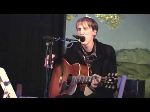 "Atlas Sound, the solo project of Bradford Cox (the lead singer of Deerhunter), performs ""Walkabout"" live at The Natural History Museum for First Fridays in L..."