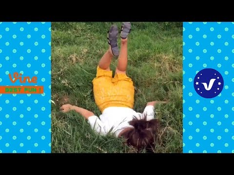 Funny Videos 2017 ● People doing stupid things P1