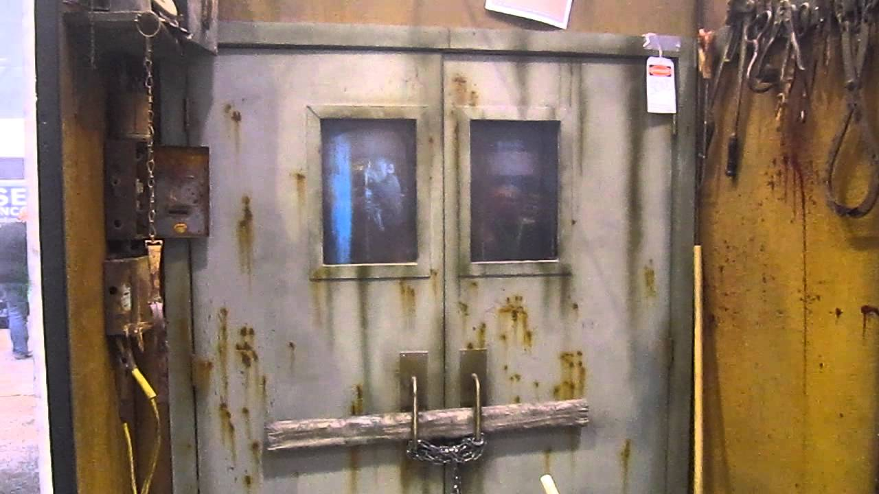 FrightCatalogcom Animated Zombie Door  YouTube ~ 035658_Halloween Animated Door