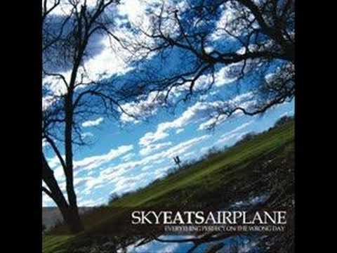 Sky Eats Airplane - Giants In The Ocean
