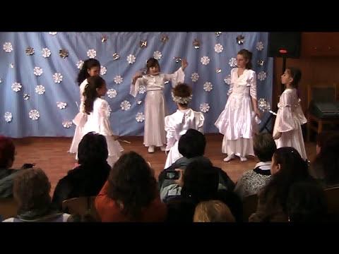 Scoala Grivita Galati - Dansul fulgilor de nea