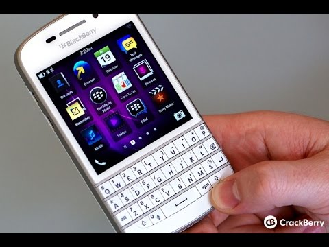 White BlackBerry Classic first look