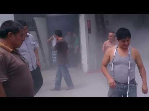 Charla informativa sobre el uso de los extintores - Galeria Brisas de Gamarra 2013