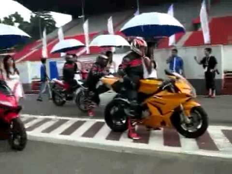 Fischer MRX 650 and Megelli 250 RV (Minerva Motor Indonesia)