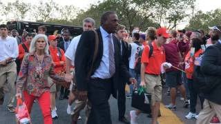 Video: Clemson arrives at Florida State