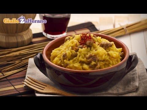 Sausage risotto - Italian recipe
