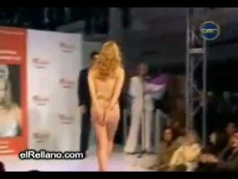 Descuido Miss Universo 2004