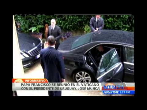 Presidente Mujica pide al papa Francisco interceder en procesos de paz en Colombia