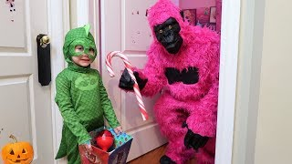 PJ Masks Pretend Play Trick Or Treat for Candy - Learn and Play with